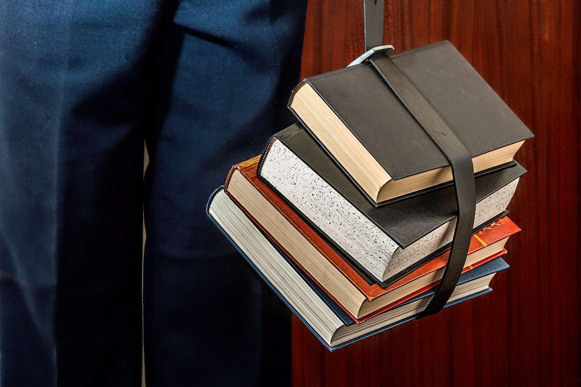 TJ - MG anuncia Concurso Público de Cargo de Ensino Médio com salário de R$ 3.457,01