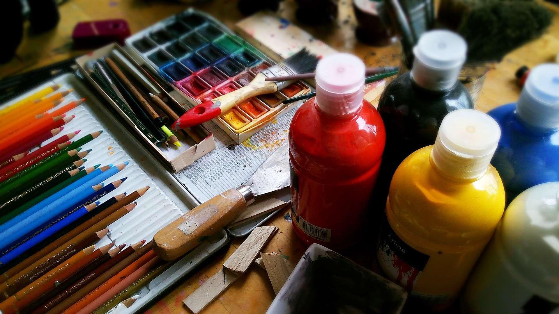 FAOP oferece cursos de arte direcionados a crianças, jovens e adultos