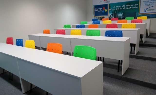 UAITEC Mariana oferece cursos de inglês e espanhol gratuitos