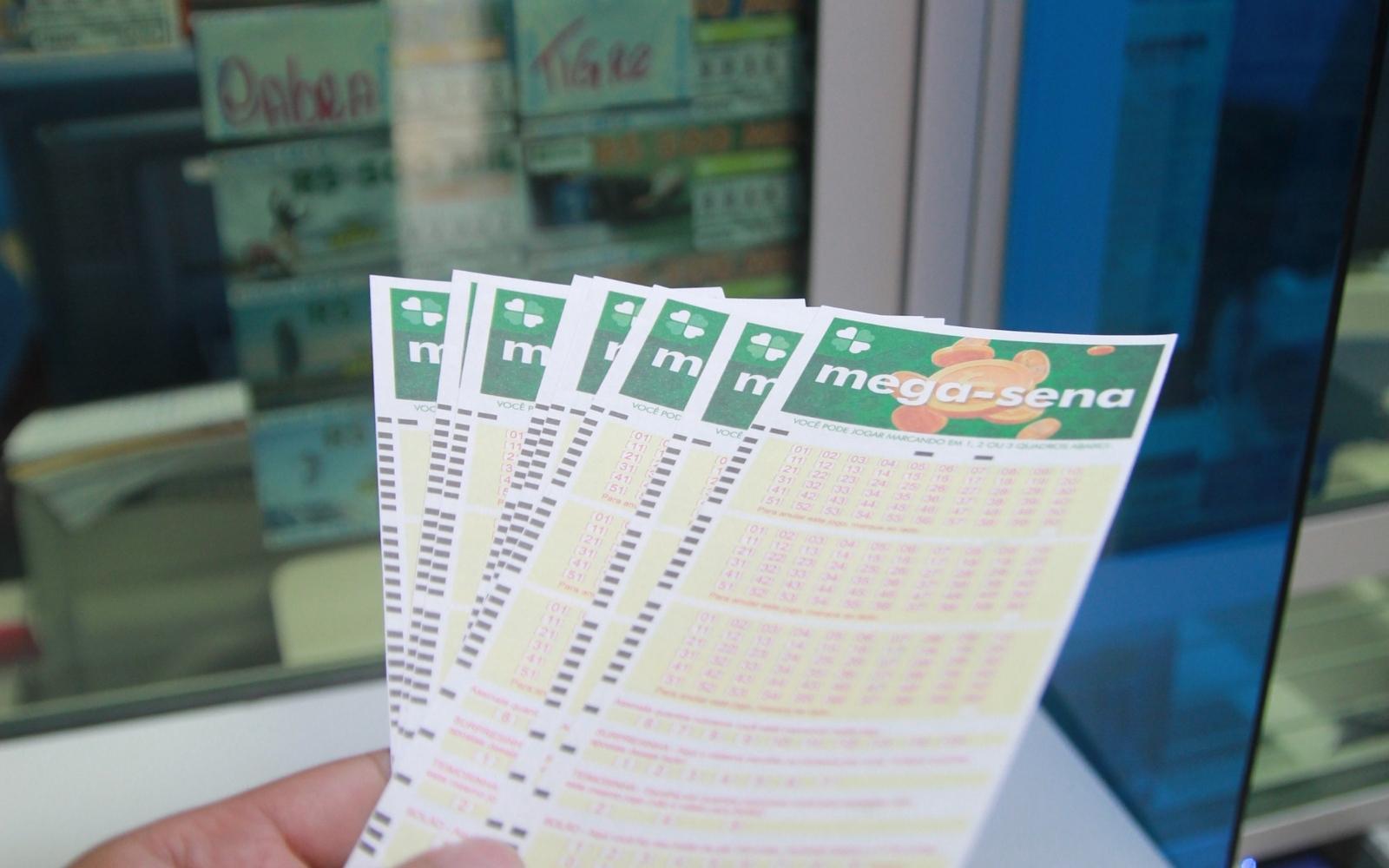 Mega-Sena, concurso 2404: sorteio pode pagar R$ 6,5 milhões neste sábado 28/08