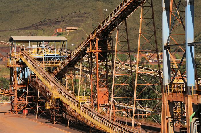Mina do Pico, em Itabirito - Detalhe das correias transportadas na Instalação de Tratamento de Minério - Foto: Marcelo Araújo/ Vale