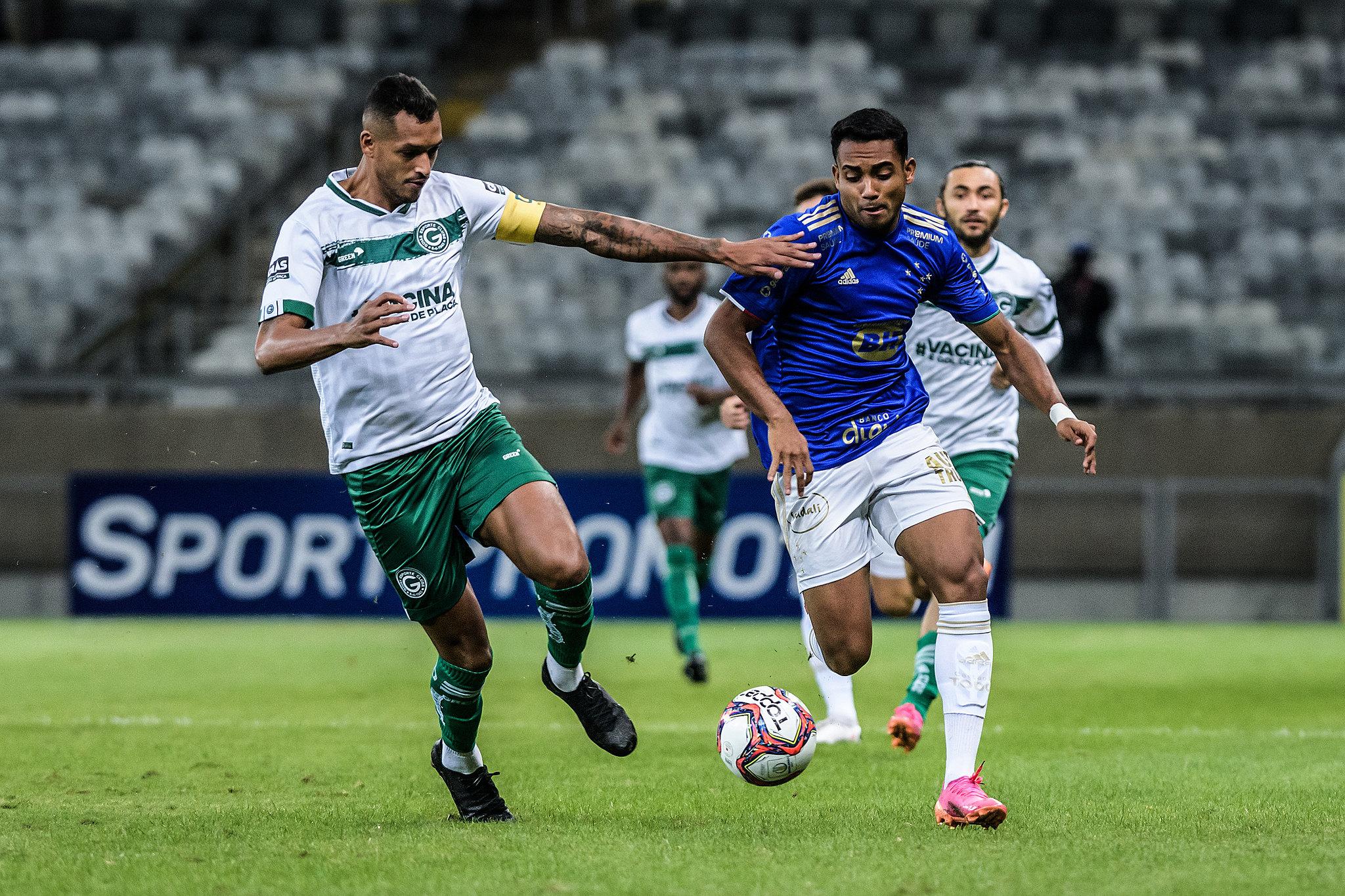 Goiás x Cruzeiro: prováveis escalações e onde assistir