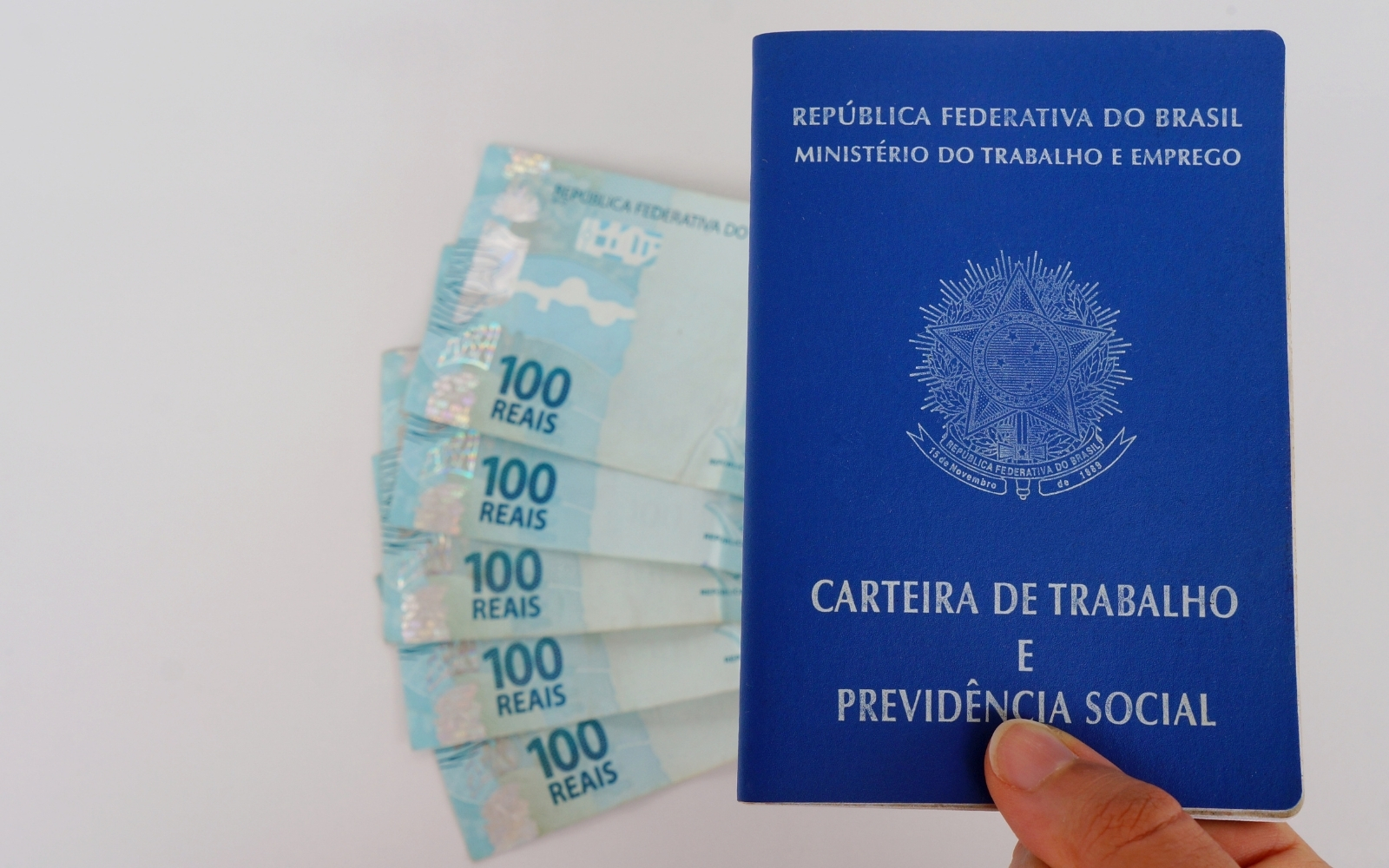 Mais de 250 vagas estão disponíveis no Sine Mariana para esta segunda-feira (18/10)