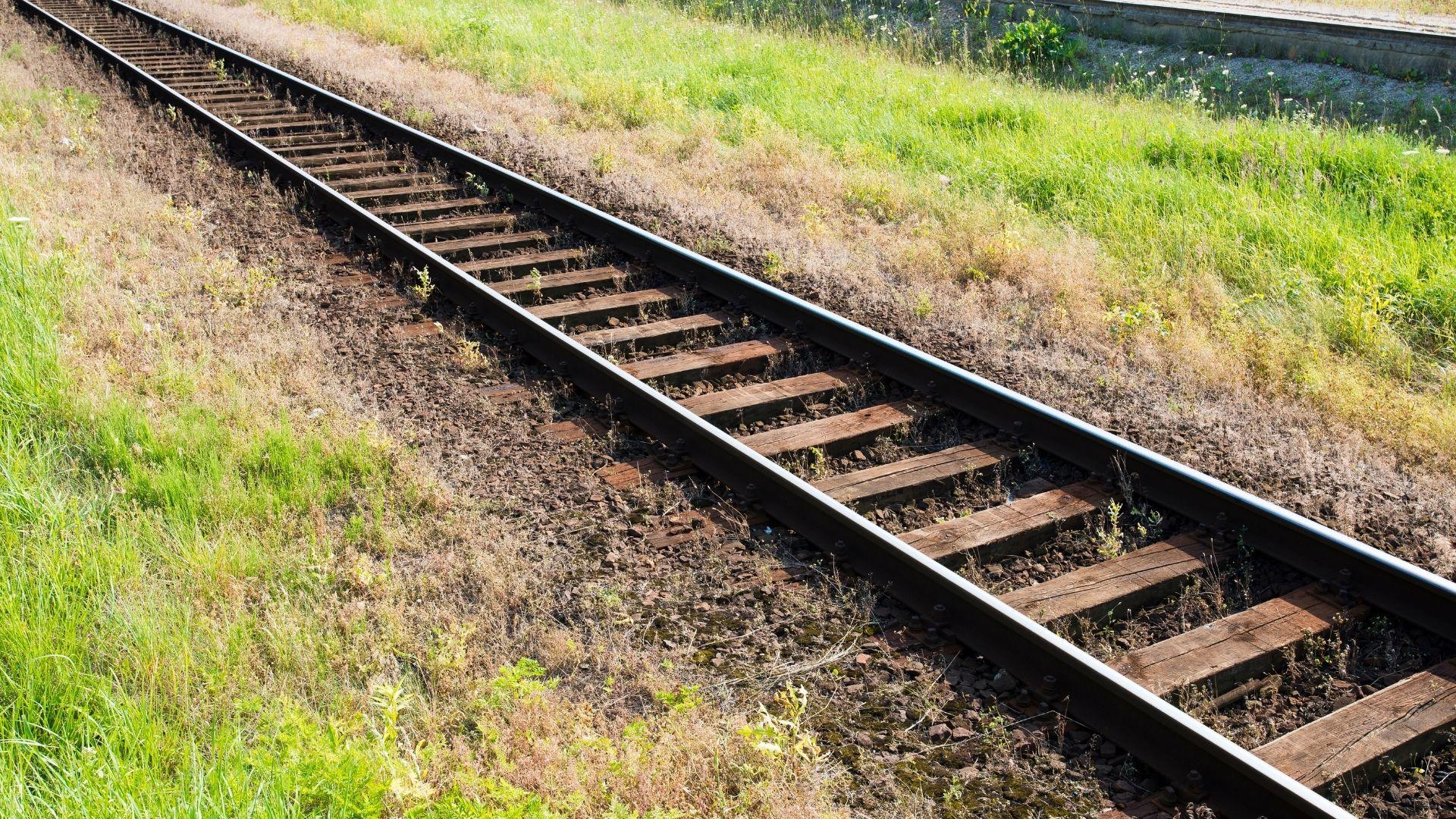 Construção da ferrovia que liga Minas a Espírito Santo prevê contratação de 3.500 profissionais