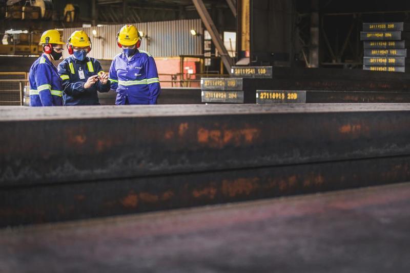 Gerdau anuncia plano de investimento que gerará 6 mil empregos em Minas Gerais