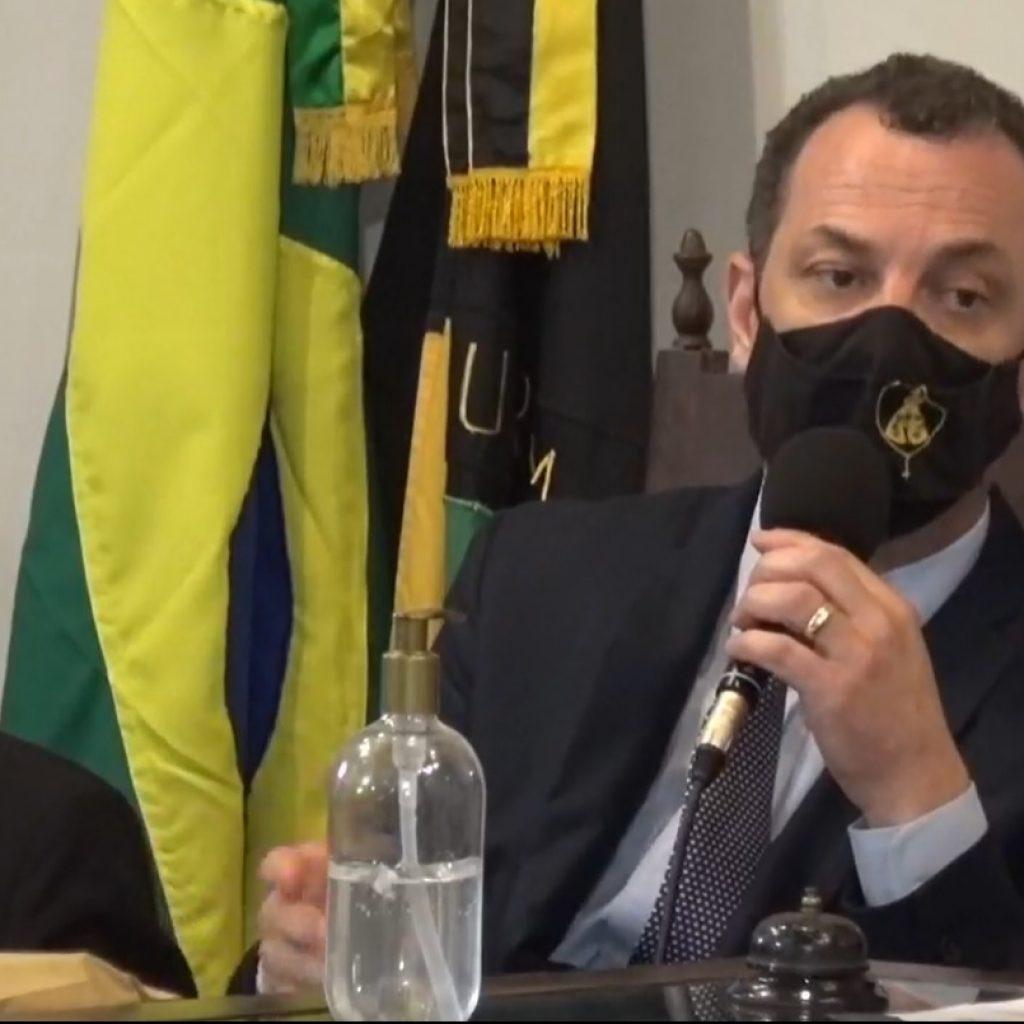 Ex-prefeito de Ouro Preto se cala em 23 perguntas sobre suspeitas no caso Saneouro