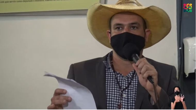 Vereador Julio Góri ameaça pedir impeachment de Angelo Oswaldo se prefeito não cumprir promessa de tirar a Saneouro