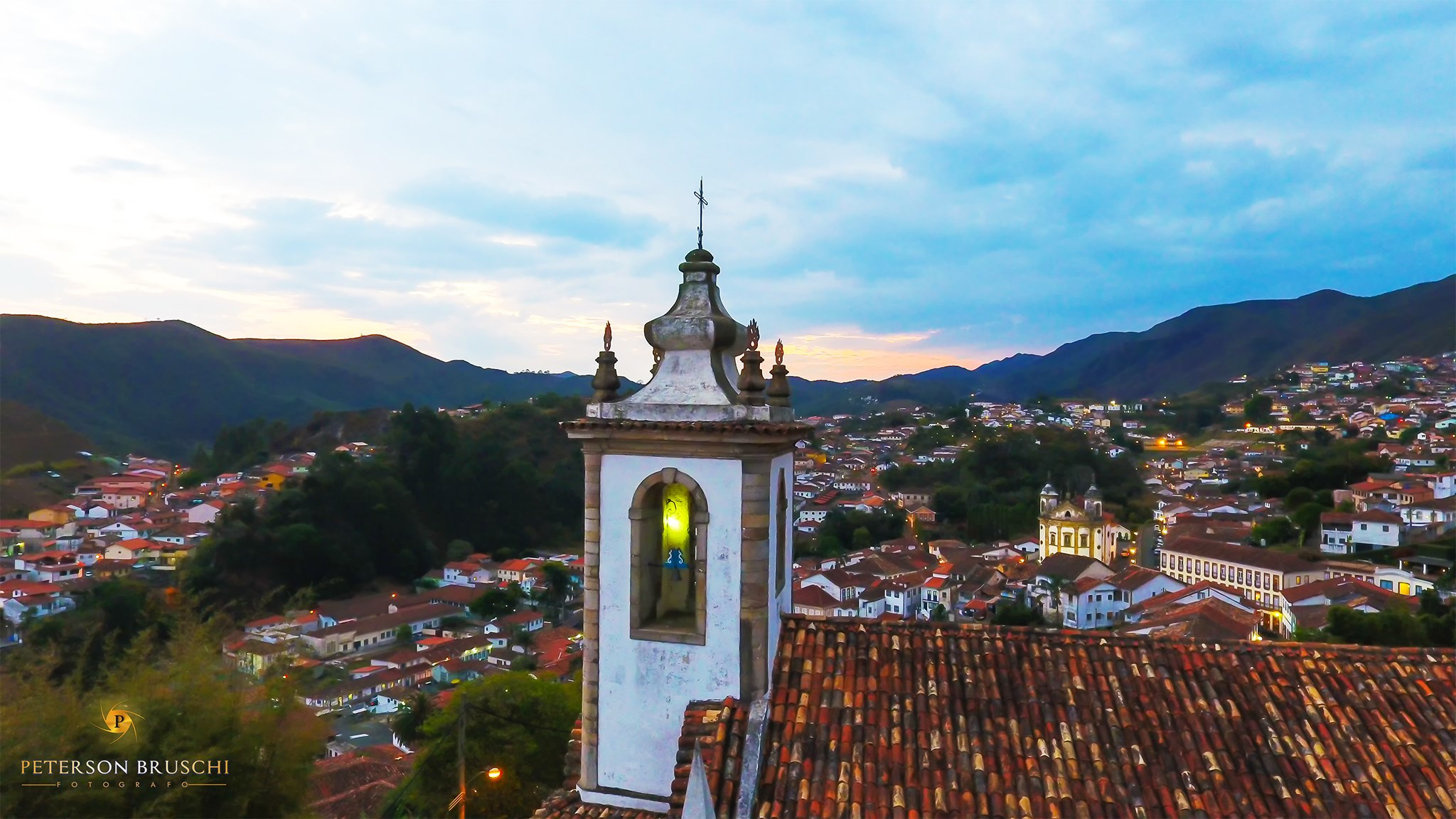 Inmet emite alerta de acumulado de chuva para Mariana, Ouro Preto e outras 452 cidades em Minas