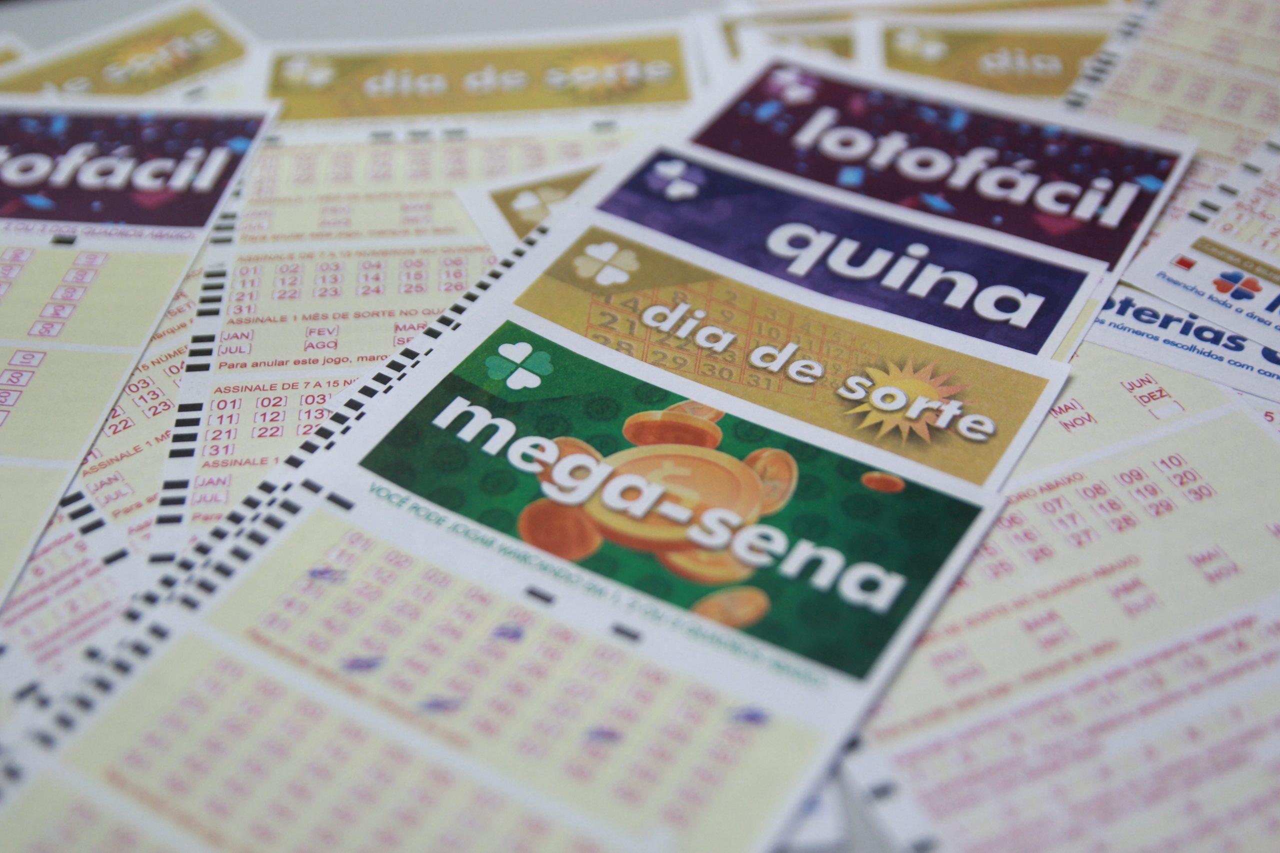 Loterias: confira o resultado da Mega-Sena 2419, Federal 5606 e demais sorteios de sábado (16/10)