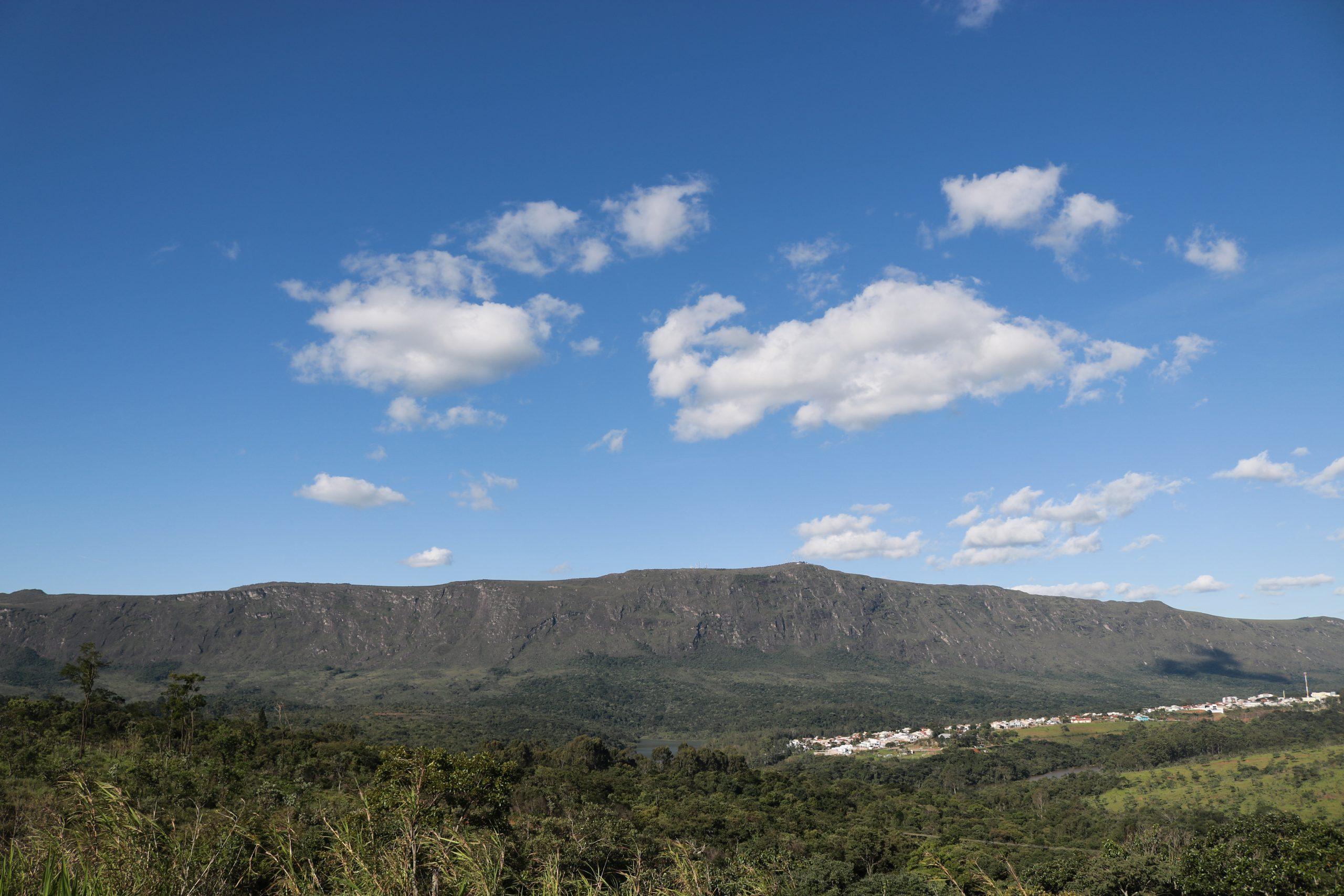 Audiência na ALMG desconsidera mineração e debate sobre preservação da Serra do Ouro Branco