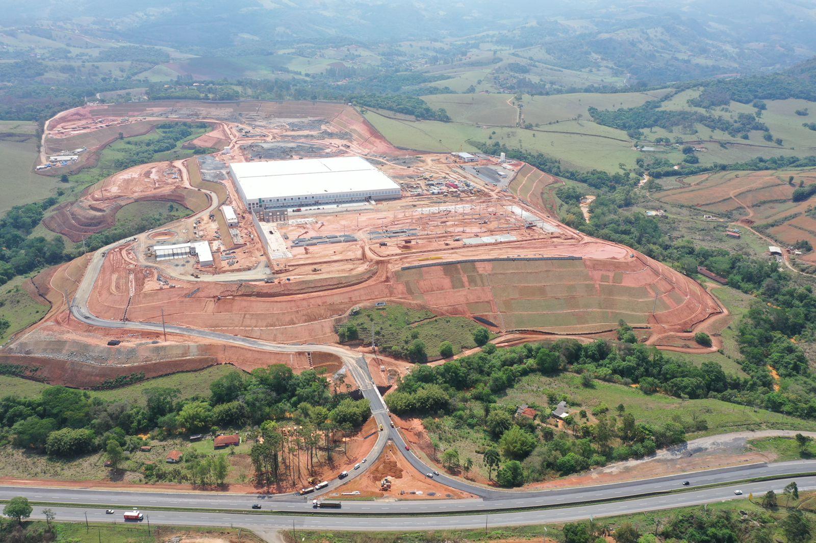 Empresa de parque logístico anuncia investimento de R$ 750 milhões, gerando 6.500 empregos em Minas Gerais