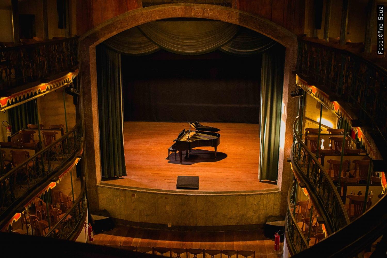 Em Ouro Preto, Casa da Ópera reabre ao público com espetáculo inédito nas Américas
